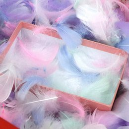 $enCountryForm.capitalKeyWord Australia - 100pcs Pack Colorful Feathers Gift Packing Material Box Filler Supplies Diy Craft Wedding Birthday Party Decoration Accessories