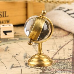luxury gold pocket watches UK - Spinning Globe Gold Pocket Watch,Creative Home Decoration Pocket Watches,Copper Table Clock Hand-winding Movement Pocket Watch for Men