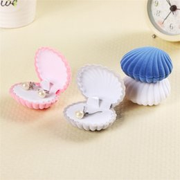 Jewellery storage boxes online shopping - Jewelry Box Shell Earring Flocking Ring Jewellery Storage Boxes Lady Creative Exquisite Portable Wedding Accessories mm UU
