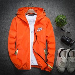 2019 Sunscreen Men's Summer Slim Jacket perméable à l'air Speed ​​Dry Imprimé Couple Peau Vêtements Alpinisme Plein Air Sportswear