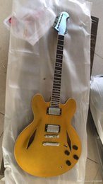 electric guitar jazz model NZ - Wholesale New Listing Guitar Model Jazz Quality Electric Guitar Gold 1711110 Custom Offer