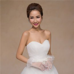 $enCountryForm.capitalKeyWord Australia - 2019 new bride wedding wedding wedding dress gloves lace flowers short white accessories bag refers to thin mesh