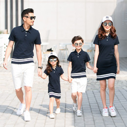 Blue Family Shirt Australia - 1pc Family Matching Outfits Twinning Mother And Daughter Clothes Mom Daughter Dresses Daddy Girl Father Son Shirt +shorts J190517