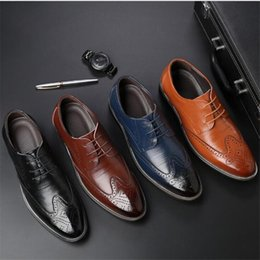 chains for dresses Australia - Best Fashion Real Leather Men Dress Shoes Pointed Toe Bullock Oxfords Shoes For Men, Lace Up Designer Men Shoes 38-48