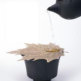 Großhandel Leaf Mesh Tea Infuser Sieb Loose Leaf Spice Filterabdeckung Aushöhlen Werkzeug Blattform Teekanne Kung Fu Teesieb LJJK1824