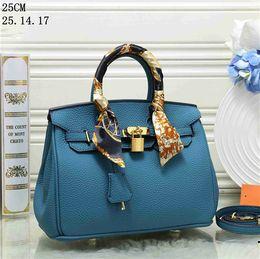 Bow Locks Australia - Ribbon Womens designer handbags handbags Brands Lock Rivet Women Shoulder bag Fashion Crossbody bag Famous Lady luxury Messenger bags H25