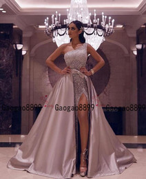 one sleeve prom dresses sparkly Australia - 2020 luxury Arabic prom Dress sexy high split shinning sparkly beaded sequined one shoulder with detachable train Formal Prom Evening Gowns