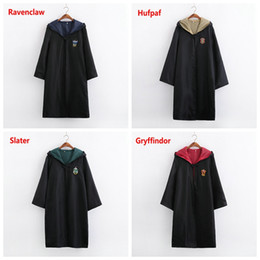 Vente en gros Thème Costume Cosplay Nouveau Halloween vêtements de fête Harry Potter Gryffondor Serpentard Poufsouffle Ravenclaw Cape robe magique Enfants Adulte 1pcs