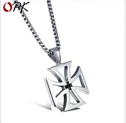 $enCountryForm.capitalKeyWord Australia - Domineering Cross Cross Men's Necklace Stainless Steel Pendant Fashion Personalized Gift Jewelry