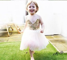 $enCountryForm.capitalKeyWord NZ - 2019 Gold Sequined Flower Girl Dresses Spaghetti Appliques Short Tea Length Girls Pageant Dress Child Birthday Party Gowns Kids Cosplay Wear