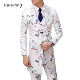 $enCountryForm.capitalKeyWord Australia - 2019 Korean Fashion 3 Piece Costume Floral Long Men Tuxedo Suits Wedding Prom Party Dresses Slim Fit Men's White Suit Stage Wear dsy094