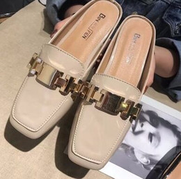 special straw NZ - New Arrival Hot Sale Specials Super Fashion Influx Package Box Half Drag Metal Chain Female Lazy Casual Patent Noble Flat Slippers EU35-40