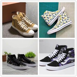 Spring Fall Canvas Shoes Australia - Spring 2019 new men's and women's Hong Kong style camo canvas shoes for women's high-top shoes for men's versatile sports casual shoes a20