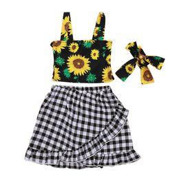 $enCountryForm.capitalKeyWord UK - Kids Girl Three-piece Suit Sunflower Printing Sling Tops Headband Baby Girl Black White Lattice Lotus Leaf Pendulum Skirt Sets 1-5T