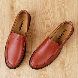ShoeS for driving online shopping - New breathable top cowhide bean shoes for men s casual shoes leather shoes soft sole and soft top driving shoes for cross border European