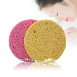 $enCountryForm.capitalKeyWord NZ - High Quality Face Washing Product Natural Wood Fiber Face Wash Cleansing Round Sponge Beauty Makeup Tools Cleaning Random Color