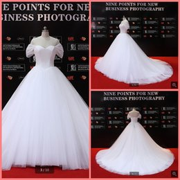 $enCountryForm.capitalKeyWord Australia - New arrival ball gown off the shoulder sexy puffy wedding dress princess sweetheart neckline simple corset plus size bride gowns hot sale