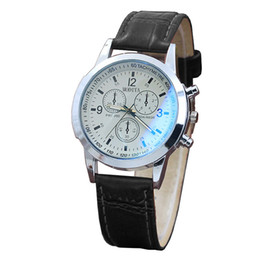 $enCountryForm.capitalKeyWord Australia - wholesale Leather Strap Belt Sport Quartz Hour Wrist Analog Watch Classic Design Man Women Watches Business Luxury Men Watch