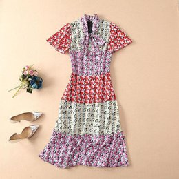 Ribbon Print Australia - 2019 Spring Summer Short Sleeve Crew Neck Floral Print With Ribbon Tie-Bow Mid-Calf Length Dress Luxury Runway Dresses M240002A3