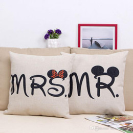 $enCountryForm.capitalKeyWord Australia - Love Couple Pillow Case Letter Mr and Mrs Pillow Cover Mr and Mrs Cushion Covers for Home Wedding Decoration Pillowcases