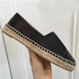 Fashionable Flat Shoes Laces Canada - 2019 new style fashionable canvas and real sheepskin women's canvas shoes flat shoes summer casual shoes canvas sizes 34-42