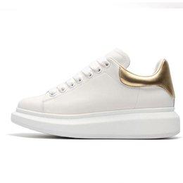 $enCountryForm.capitalKeyWord Australia - Luxury Casual Shoes Men Designer shoe Womens 3M reflective Fashion Party Platform Shoes Velvet Athletics flat Height Increasing Sneaker
