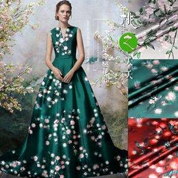 $enCountryForm.capitalKeyWord Australia - Beautiful Peach Blossom Print Mulberry Silk Fabric Flower Fabrics Elastic Cheongsam Material Vintage