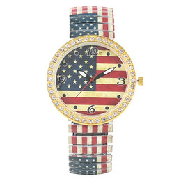 Unique Watches For Men Australia - Casual Quartz Analog Watch for Men Unique American Flag Pattern Dial Watches for Women Classic Diamonds Encrusted Expansion Band Wristwatch