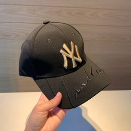 unisex leather baseball cap 2019 - 2019 summer new hats for men and women stylish vintage baseball caps sport breathable Delicate embroideryor cheap unisex