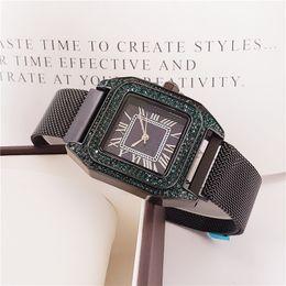 $enCountryForm.capitalKeyWord Australia - 2019 new super gift watch fashion designer ultra-thin dial clock with diamond luxury casual watch folding buckle unisex