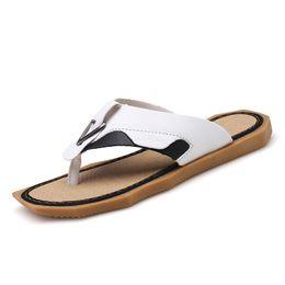 a85f9c5b3 2019 Summer men Flip Flops Bathroom Home Slippers Fashion Beach Sandals  Shoes Outdoor leisure Non-slip Male Sorrynam