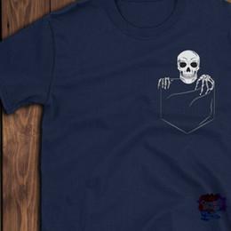 45bd34fc63771 Funny Pocket Skeleton Skull Shirt Costume Halloween enfants femmes hommes  cadeau T-ShirtCartoon t shirt hommes Unisexe New Fashion tshirt