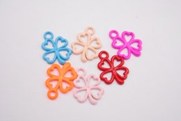 $enCountryForm.capitalKeyWord Australia - 100pcs 13*17mm DIY Alloy metal clover flower charms Painted color pendants Jewelry Parts Multicolor fashion Handmade Accessories Material