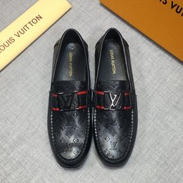 Cheap Halloween Shoes NZ - Cheap Mens dress shoes luxurious brand designers shoes brogue shoe business Black leather with gold thread Genuine leather metal