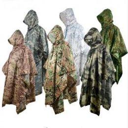 Camuflaje Poncho Impermeable 8 Colores Al Aire Libre Impermeable Militar Camping Caza Tierra Mat Capa de Lluvia Hombres Mujeres Lluvia Gear 30pcs OOA6173