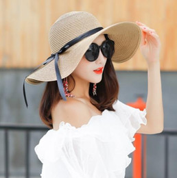f78e2762 2019 new hot trend straw hat female summer Korean version of the small  fresh sun shade folding large coastal sun hat beach