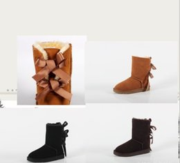 Wholesale The New Cowhide Men Winter Ankle Mens Australian Womens Boots Bowknot More Female Pop Antiskid Warm Ladies Botas Fashion