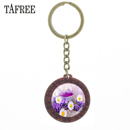 $enCountryForm.capitalKeyWord Australia - Vintage Round Wooden Key Chain DIY Customized Glass Purple lavender Picture Cabochon Wood Keychains Gift Pendant YC03