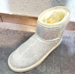 Venta al por mayor de Botas de lujo Rhinestone botas del tobillo de la mujer del invierno 2019 colmo femenino superior plana zapatos transpirables Botines Solid 40