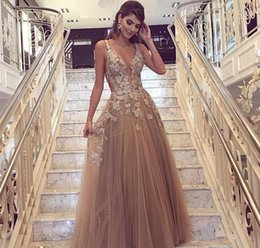 Holiday Evening Gowns Floor Length Australia - 2018 Cheap Petal Appliques Evening Dress A Line V Neck Floor Length Formal Holiday Wear Prom Party Gown Custom Made Plus Size