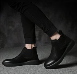Hand Safety Cartoon Australia - Martin boots men's leather 2018 winter new men's fashion casual men's boots in the thick-soled shoes Chelsea boots1