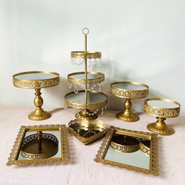 cupcakes styles UK - 8pcs new style gold cake stand handle cupcake tray birthday party blue  silver  white