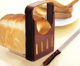 Pane tostato taglierina affettatrice pagnotta di pane Cutter Sandwich affettare attrezzo di piegatura della Macchina per il pane e pieghevole regolabile Home Kitchen Picc in Offerta