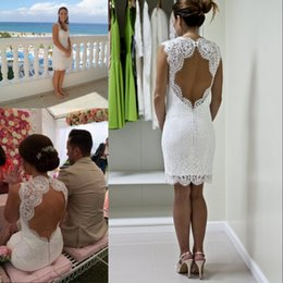 Delicate Lace Back Wedding Dress Australia - Delicate Sweetheart Short Lace Wedding Dress Sleeveless Open Back Beach Sheath Bridal Gown Robes De Mariée