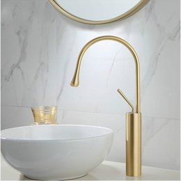 $enCountryForm.capitalKeyWord Australia - New Basin Faucet Single Lever 360 Rotation Spout Moder Brass Mixer Tap For Kitchen Or Bathroom Basin Water Sink Mixer gold brush