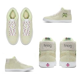 Frogs Shoes Australia - High Quality Frog Skateboards x SB Blazer Mid QS Shoes Men Women Light Green Suede Casual Sneakers Size 36-44