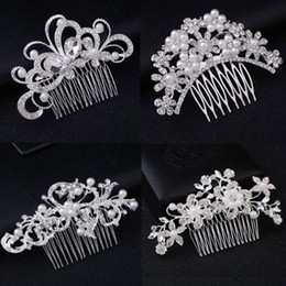 $enCountryForm.capitalKeyWord UK - New Fashion Bling Bling Crystal Flower Hair Comb Crystal Pearl Flower Hair Clips Women Bride Wedding Hair Jewelry Accessories