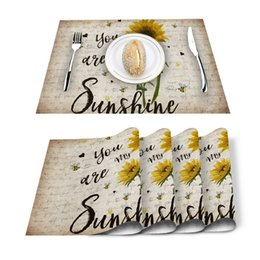 green table placemats Australia - 4 6pcs Set Table Mats You Are My Sunshine Vintage Sunflower Table Napkin Kitchen Accessories Home Party Decorative Placemats T200415