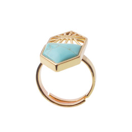 China Gold Plated Adjustable Shield Ring Unique Metal Shield Design Creative Gift Men's Personality Ring suppliers