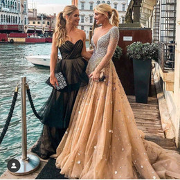celebrities red carpet skirt UK - Champagne Beaded Evening Dresses Scoop Neck Long Sleeve 3D Flower Tulle Skirt Prom Gown Layered Skirt Long Sleeve Celebrity Dress